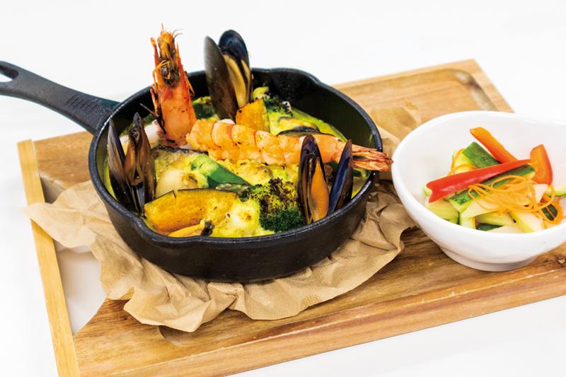 魚介と野菜の焼きカレードリア