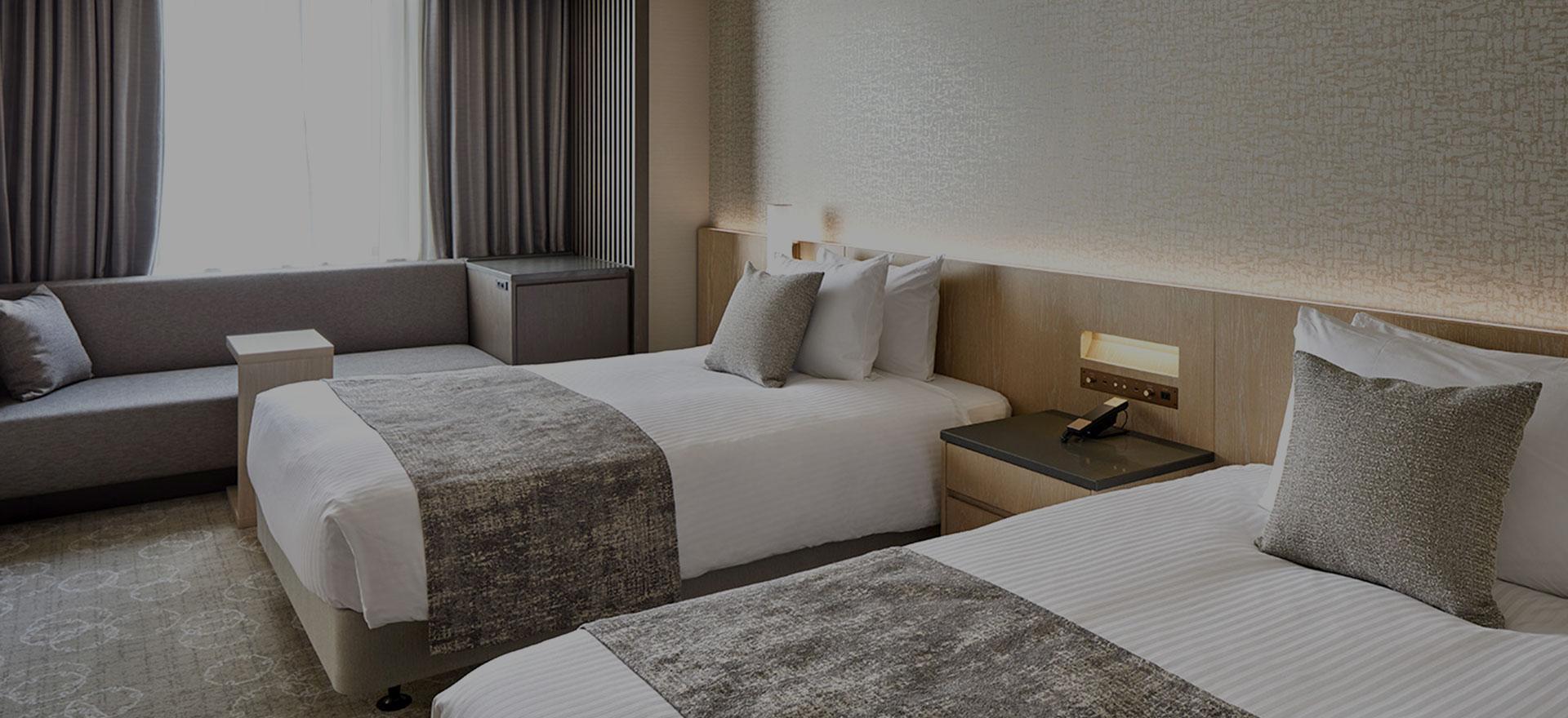 ゆとりある広さのシンプルモダンな空間、機能性とデザイン性を兼ね備えたお部屋。